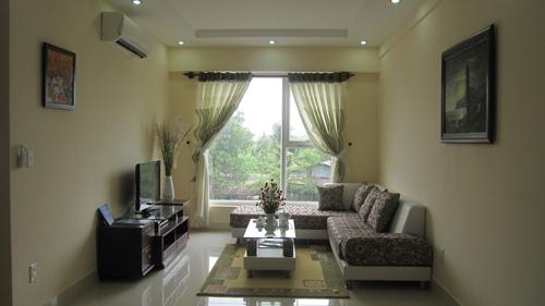 Phòng khách căn hộ Tên Lửa